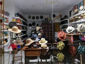 """Chapéus há muitos e esta é a """"casa"""" deles em Campo de Ourique"""